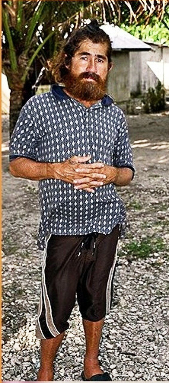 Одна из первых фотографий Хосе Альваренги, сделанная жителями атолла Эбон. Фото  Гифф Джонсон Giff Johnson.jpg