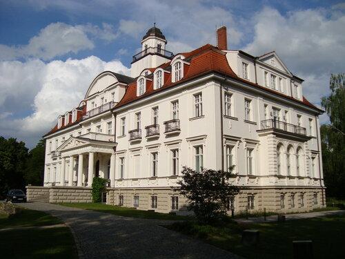 Замок в Genshagen