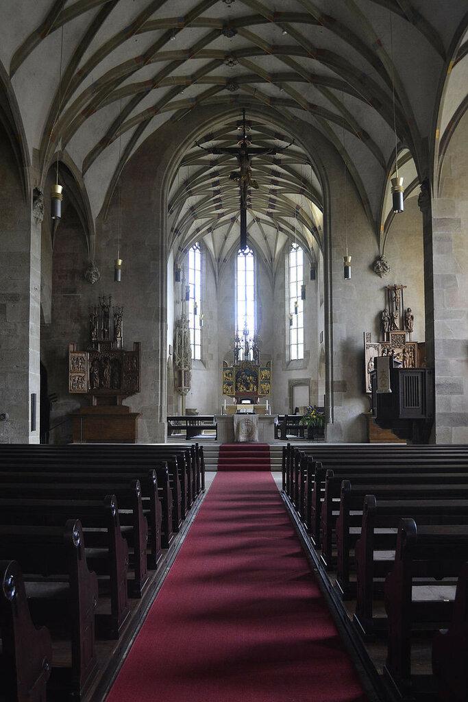 201204301022a_Schwaigern_Stadtkirche_Chor_1.jpg