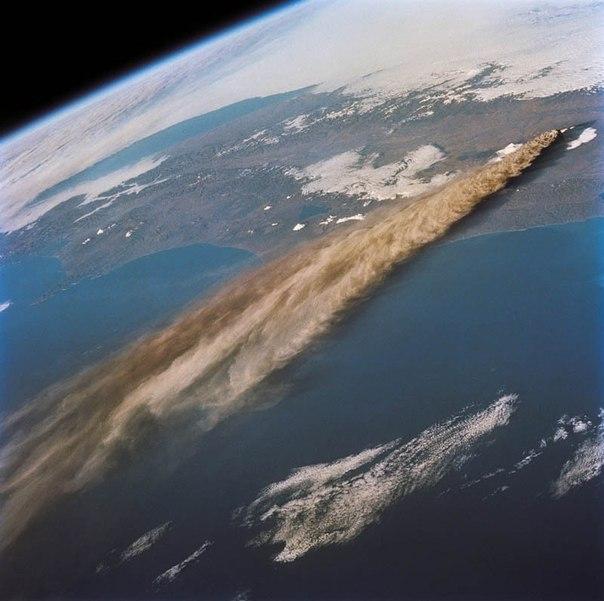 Красивые фотографии: извержения вулканов 0 10f557 65cb507a orig