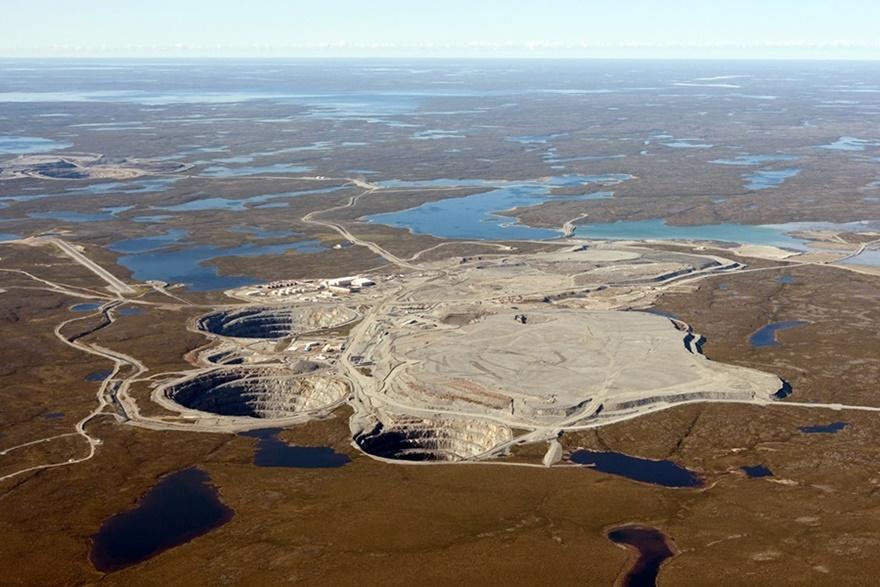 10 самых удивительных огромных отверстий в земле 0 141917 1e23eb6b orig
