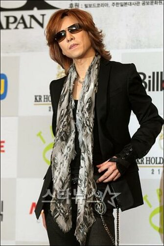 [Yoshiki] Yoshiki esta en Corea 0_68261_d3e8c1a_L