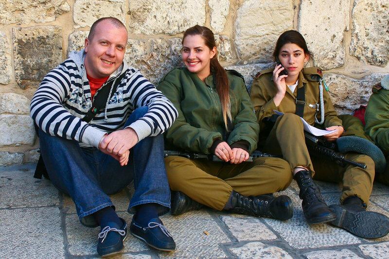 В плену израильской военщины