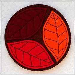 Подставка под кружку Осенние листья 2 из фетра
