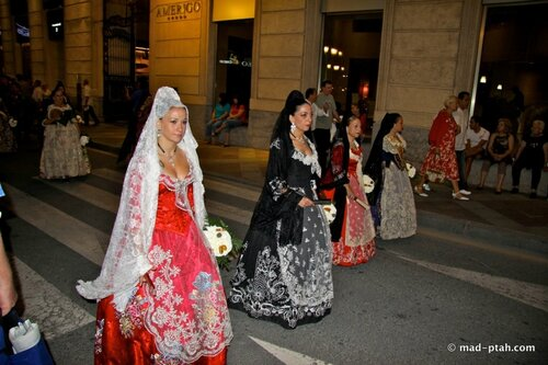 парад костюмов, аликанте