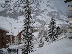 февральский снегопад...с балкона