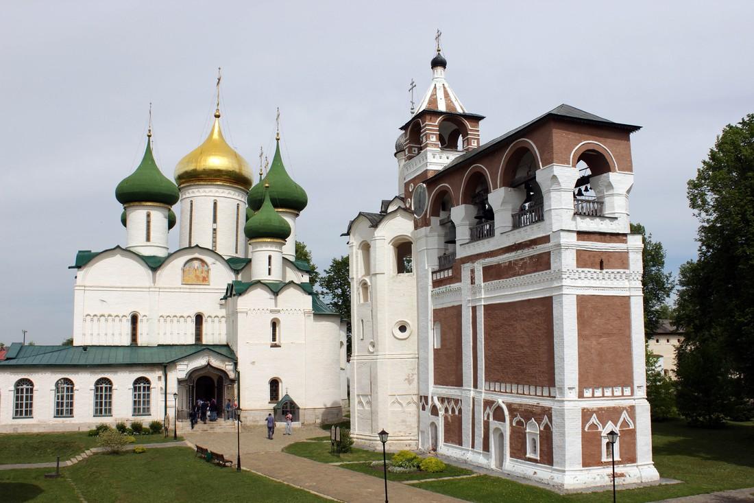 """6. Суздаль (бюджет: 3 500 руб) Иногда Суздаль называют """"город-музей"""" – именно из-за обилия музеев. С"""