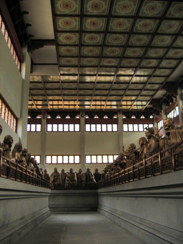 Зал Пятиста архатов, Монастырь Линъиньсы, Ханчжоу