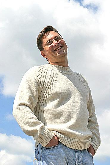 Продам Мужской белый свитер из шерсти мериноса , очень...  Пожаловаться.