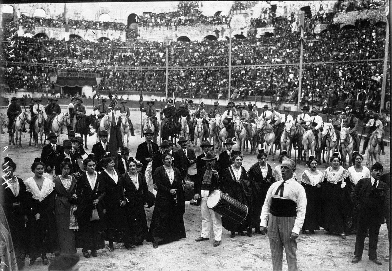 1924. Президент Гастон Думерг в Ниме. 09. Культурная программа после парада