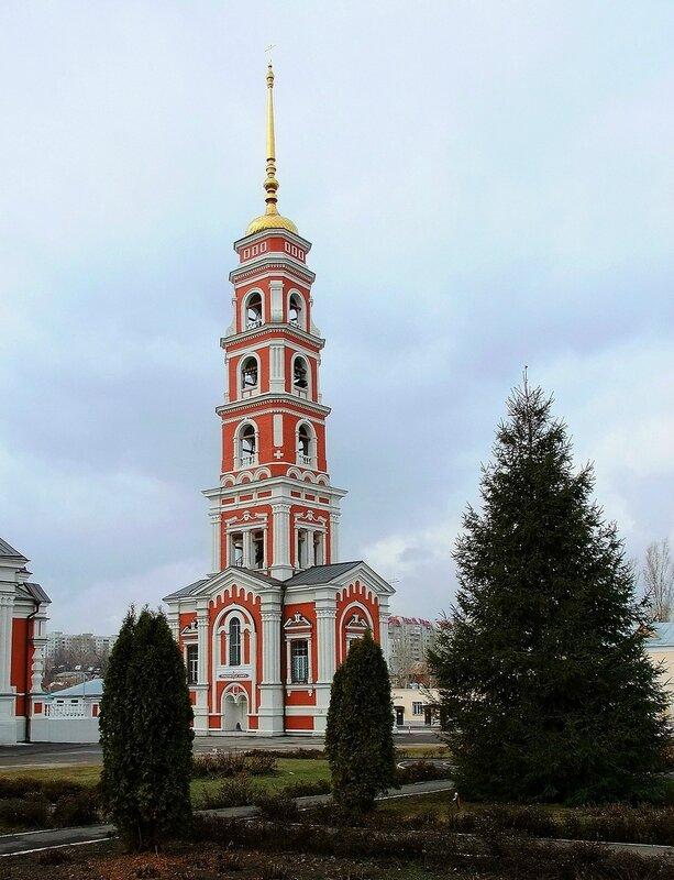 Саратов. Храм в честь Покрова Божией Матери.