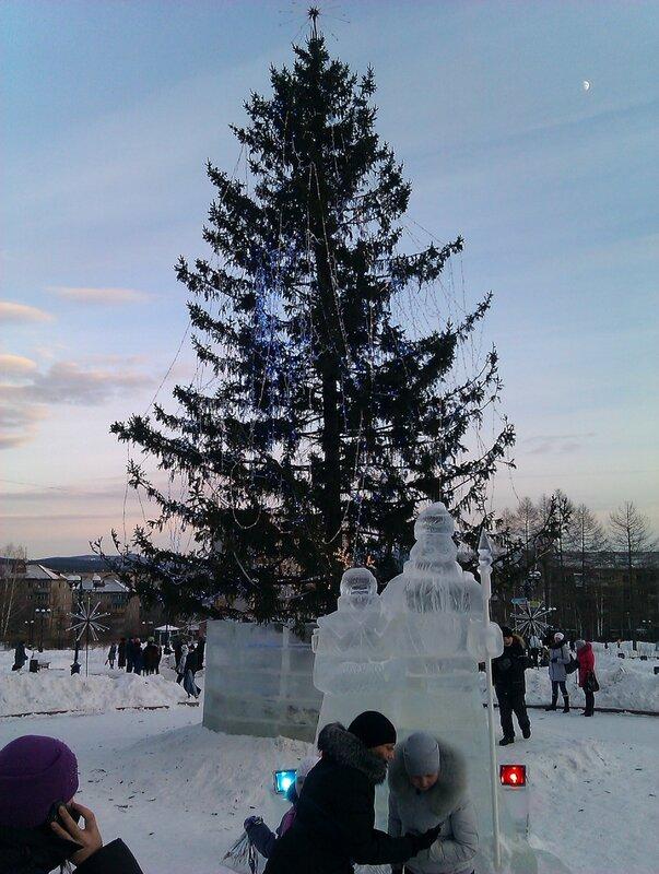 """Новогодняя елка в парке """"Крылатко"""""""