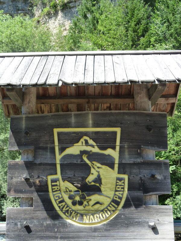 Вход в Триглавский национальный парк - и тут наш Златорог:)