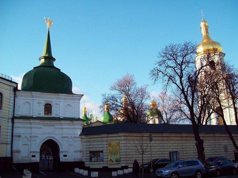 Южная башня Софиевского собора