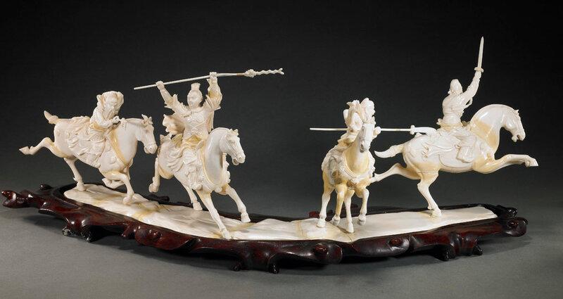 Резьба китайских мастеров по слоновой кости.
