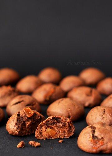 Шоколадное печенье с вареньем