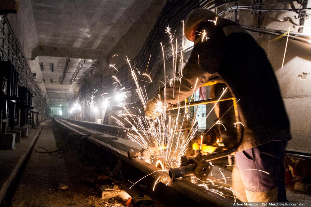 Строящиеся станции метро схема.