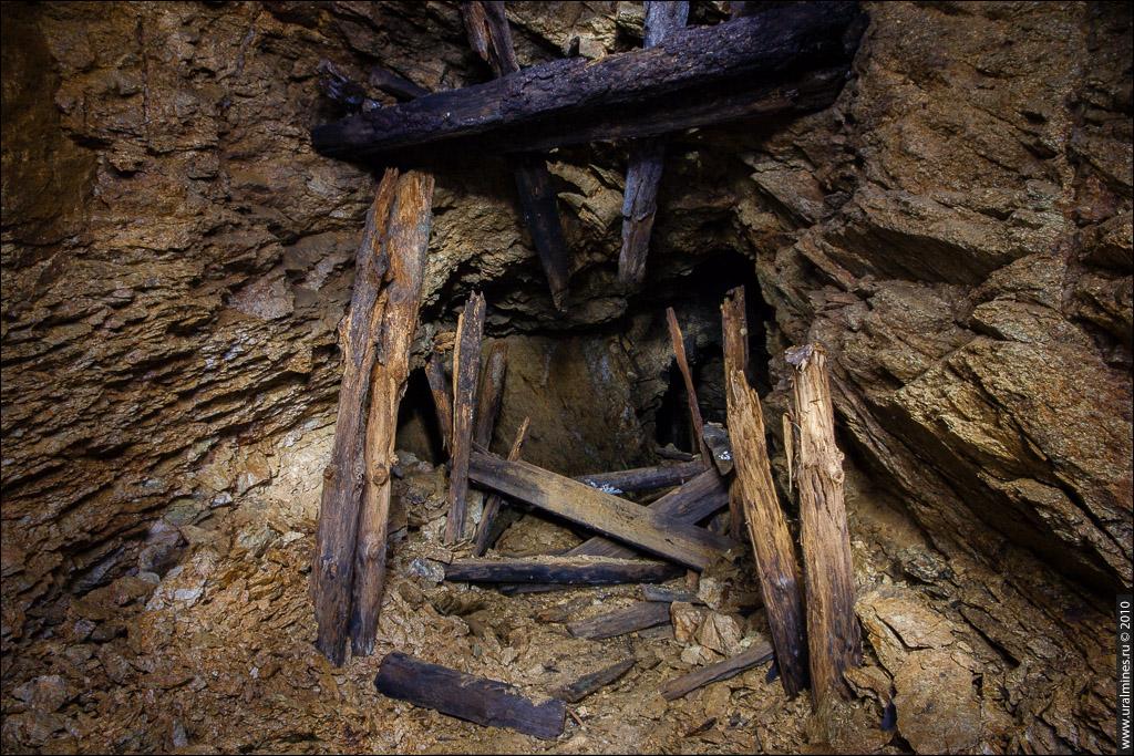 По золотой жиле старательская шахта