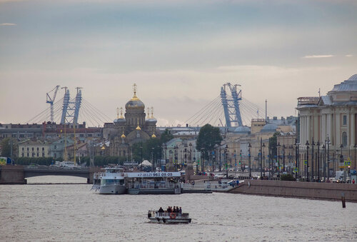 Новая перспектива Васильевского острова.