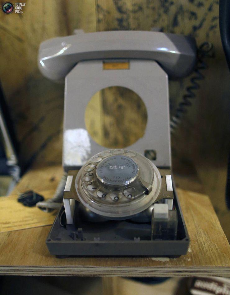 8. Телефон для прослушки.