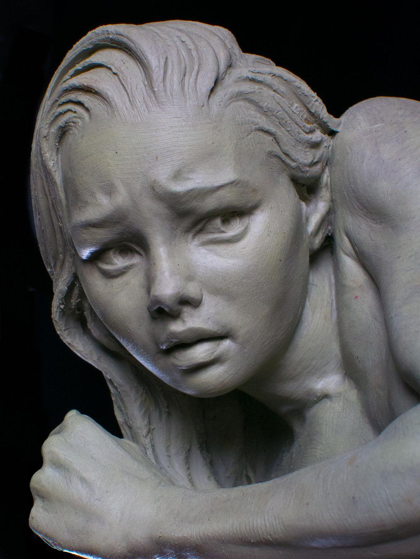 Эрик Уилсон работает в традиционном жанре. Он создаёт скульптуры в классическом стиле, тщательно про