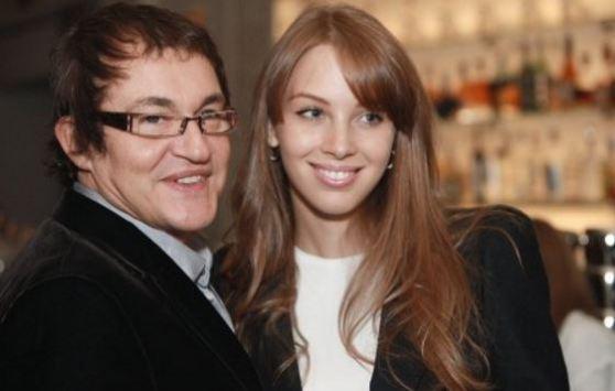 Молодая супруга Дмитрия Диброва снялась вэротической фотосессии