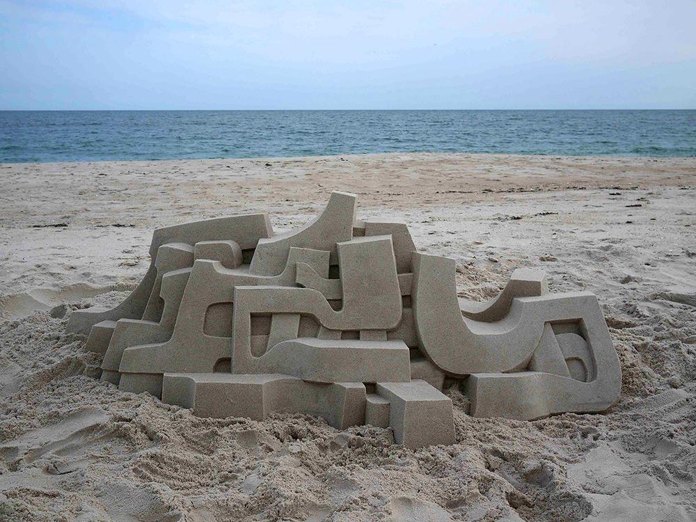 The Sandy Beach Architecture of Calvin Seibert