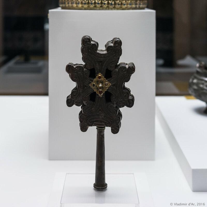 Крест. Восточная Армения. Крест - XII-XIII вв. Металлическая форма – XIX в.