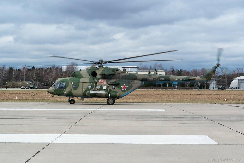 Миль Ми-8МТВ-5 (RF-24776 / 41 красный) ВКС России 034_D800253