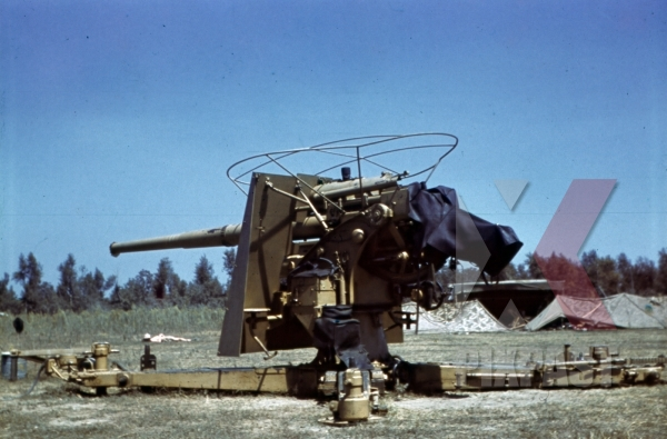 stock-photo-88-flak-at-the-air-field-in-naples-italy-1942-12770.jpg