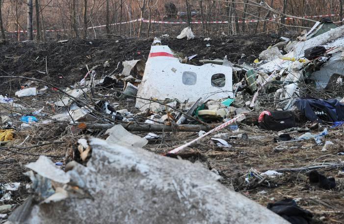 В Польше назвали жертву Смоленской катастрофы, похороненную в чужой могиле