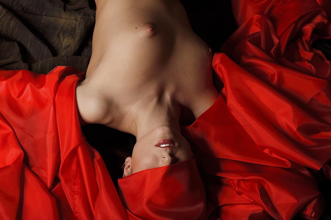 Красный в моде / фотограф Полин