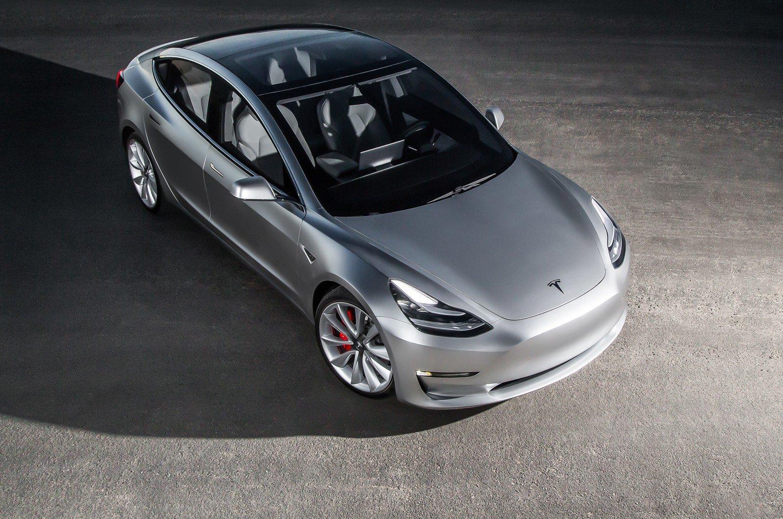 Tesla в2 раза увеличит число пунктов подзарядки