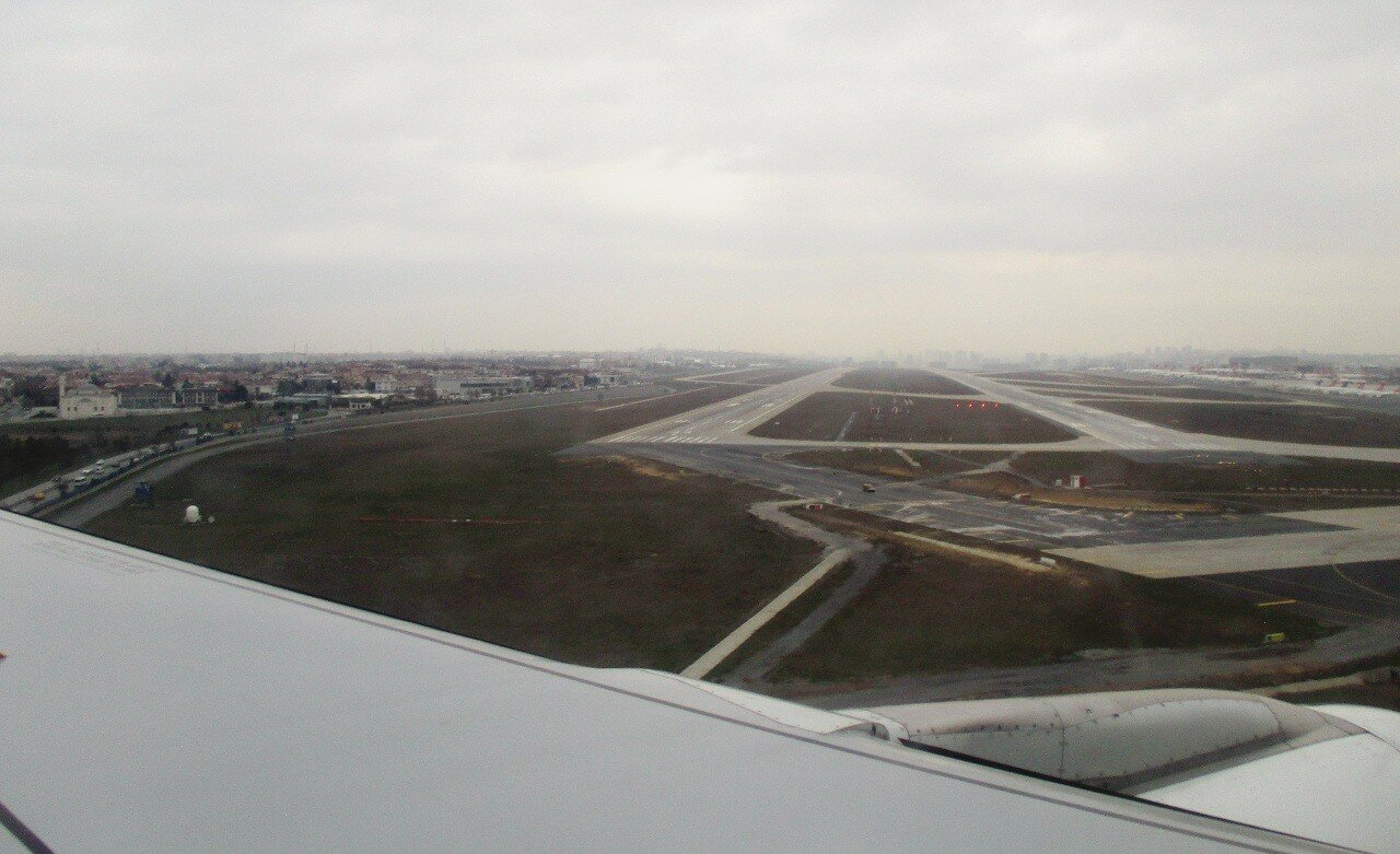 Istanbul. The Ataturk airport. 17L/R35 and 17R/35L bands