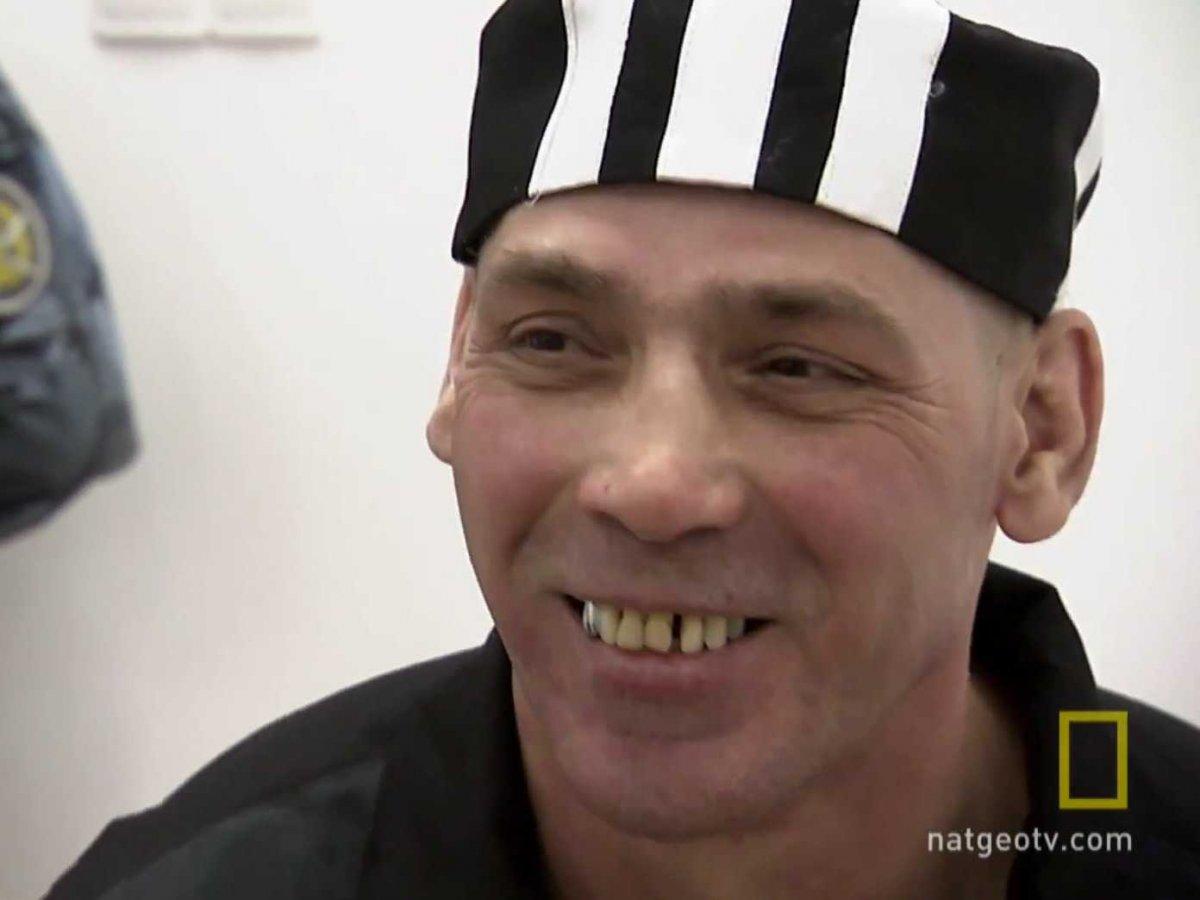 Николаев убил человека во время пьяной драки, затем оттащил его в ванную, где разрубил тело на части