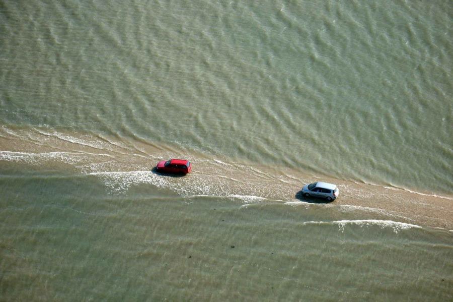 Дорога под водой (8 фото)