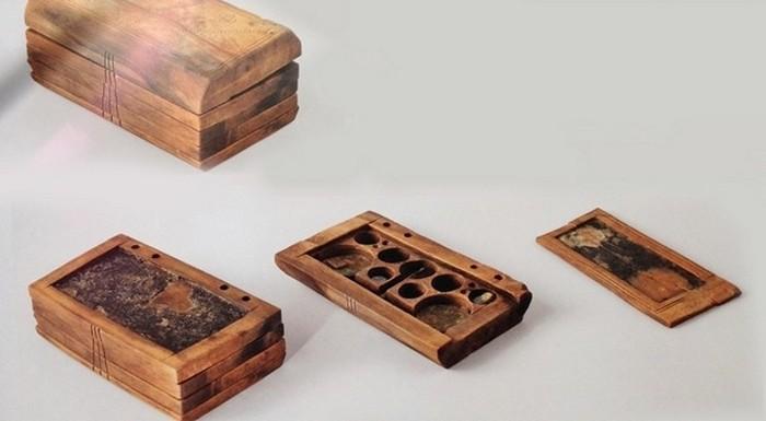 8. Византийский планшет Этот «протоайпад» из дерева был обнаружен на одном из затонувших кораблей. У