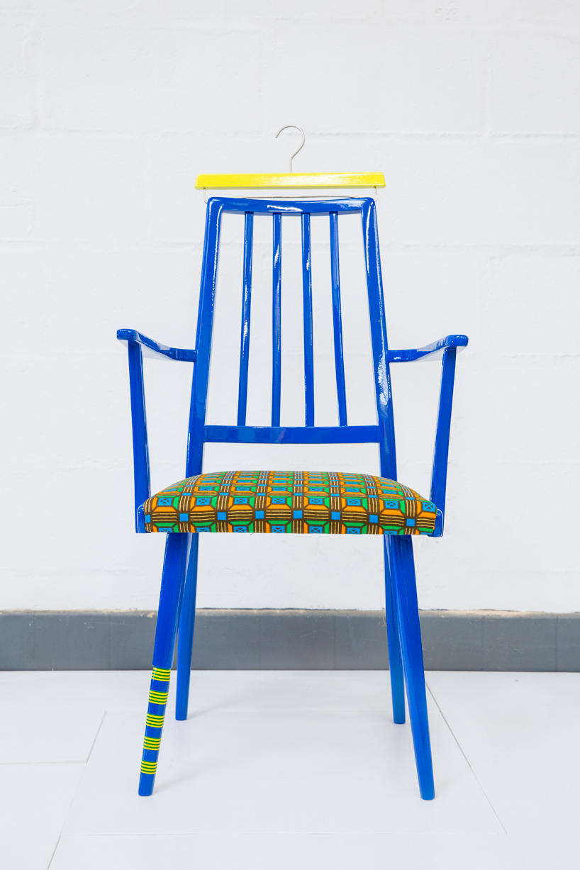 Яркая винтажная мебель Yinka Ilori