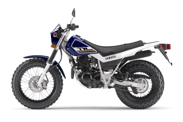 Компания Yamaha представила эндуро Yamaha XT250 / TW200 2018 и круизер Yamaha V-Star 250 2018
