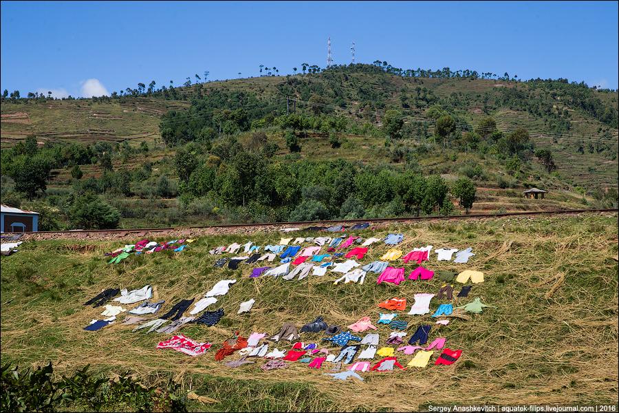 Как стирают белье в Африке