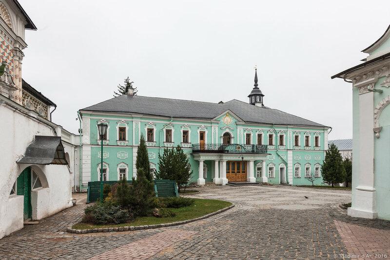 Митрополичьи (Патриаршие) покои. Свято-Троицкая Сергиева Лавра.