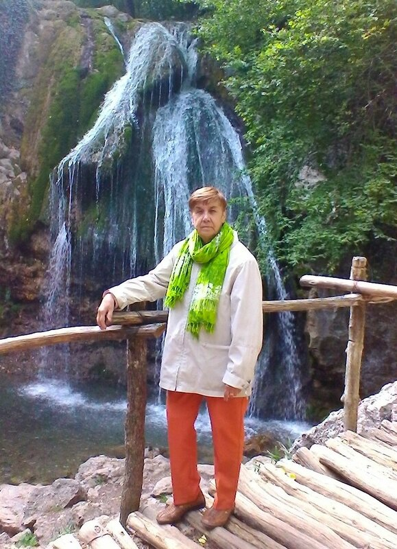 Мама в Крыму.jpg