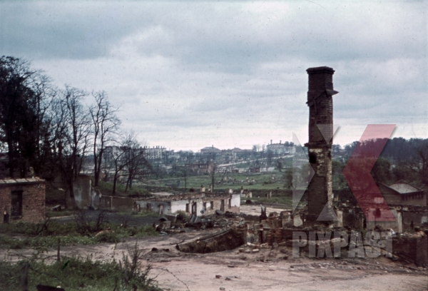 stock-photo-destroyed-buildings-in-minsk-belarus-russia-1941-11255.jpg