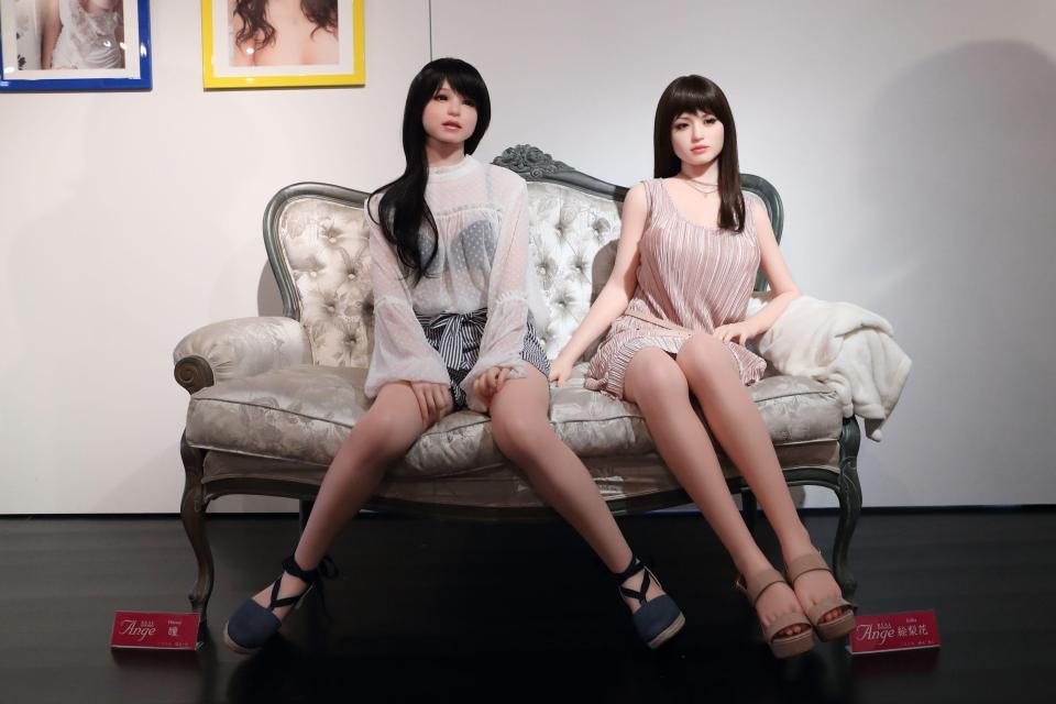 Выставка секс кукол в Японии
