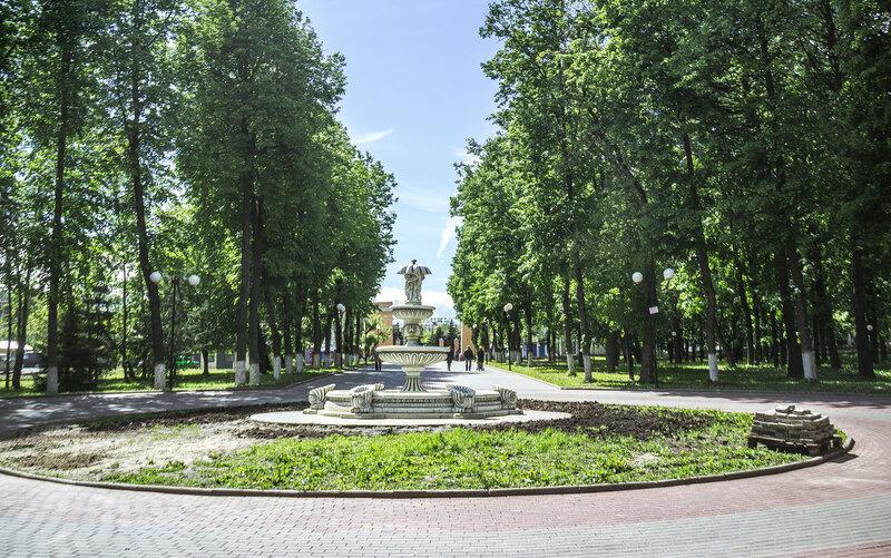 Новый фонтан в центральном парке