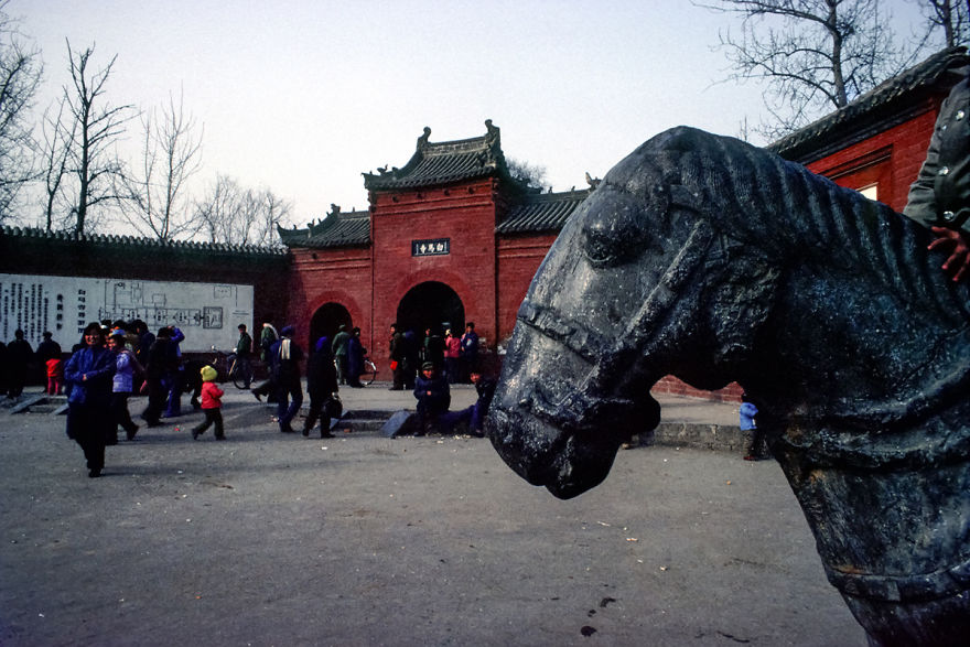 Китай 80-х похож на Советский Союз как брат-близнец