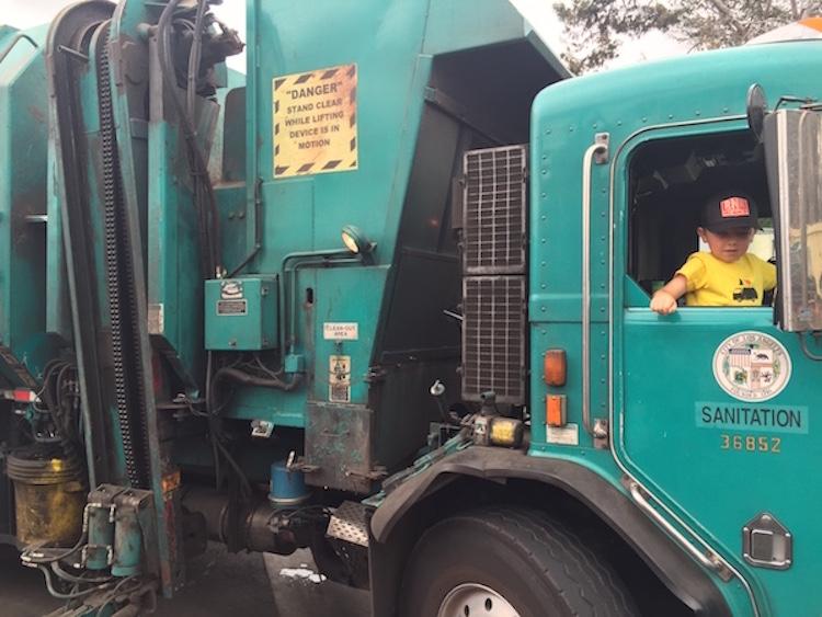7-летний мальчик основал компанию по переработке отходов и уже заработал 10 тысяч долларов на колледж