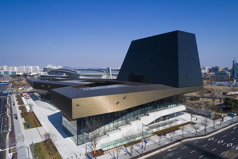 Самый крупный автоцентр в Южной Корее