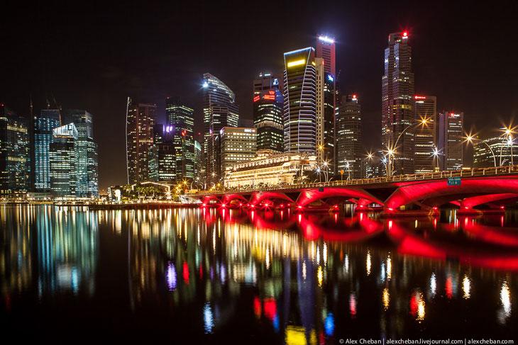 Отражения ночного Сингапура (25 фото)