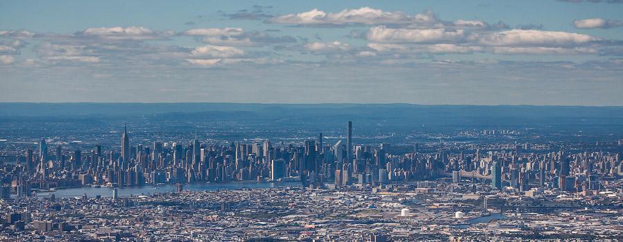 40. Ну а это взгляд изнутри. Манхеттен, каким его видит основная масса туристов.